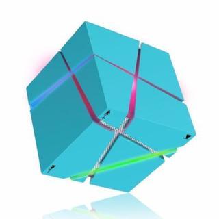 Bluetooth スピーカー LEDライト おしゃれなキューブ型(スピーカー)