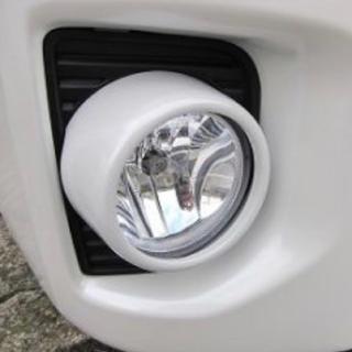 トヨタ - ハイエース 4型 フォグランプカバー 左右セット ホワイトパール 新品