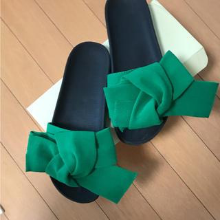 リボンサンダル 韓国 グリーン L(サンダル)