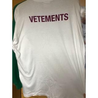 バレンシアガ(Balenciaga)の vetements  Tシャツ(Tシャツ/カットソー(半袖/袖なし))