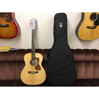 【ほぼ新品】ギルド Guild OM-240E 【まだ保証期間内】トップ単板(アコースティックギター)