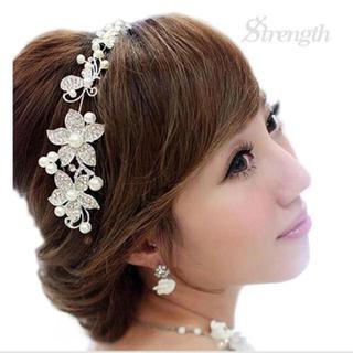 ■ ヘアードレス 髪飾り ウェディング 結婚式 卒業式 入学式 祝い(ヘアバンド)