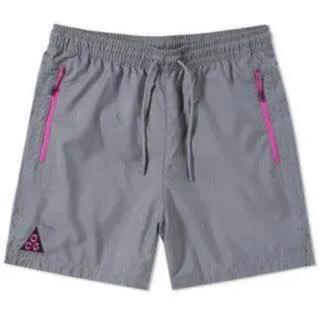 ナイキ(NIKE)のSサイズ NIKE ACG SHORTS ナイキ ショーツ パンツ(ショートパンツ)