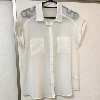 ジーユー(GU)の美品♡GU シースルーブラウス(シャツ/ブラウス(半袖/袖なし))