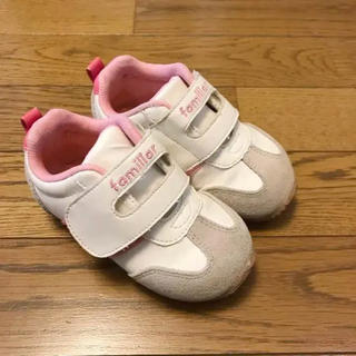 ファミリア(familiar)のfamiliar スニーカー ピンク ファミリア 靴(スニーカー)