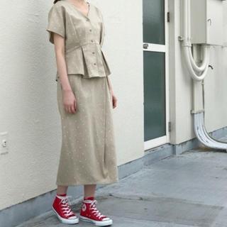 ケービーエフ(KBF)の新品タグ付♡ドット刺繍タイトスカート イエナ アーバンリサーチ ミスティック(ロングスカート)