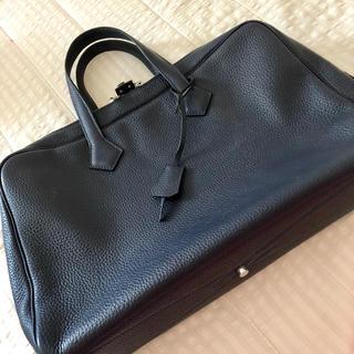 紺色のビジネスバッグ(ビジネスバッグ)