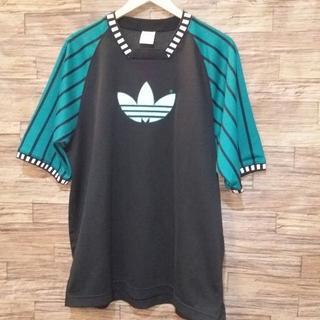 アディダス(adidas)のadidas アディダス ロゴ ゲームシャツ(Tシャツ/カットソー(半袖/袖なし))