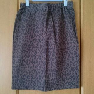 レプシィム(LEPSIM)の【タグ付】LEPSIMヒョウ柄のようなスカート*Mサイズ*ウエストゴム(ひざ丈スカート)