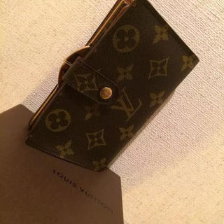 ルイヴィトン(LOUIS VUITTON)の美品 良品 本物 ルイ ヴィトン モノグラム がま口 二つ折り財布 正規品t(財布)