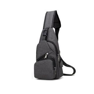 限定販売♡ショルダーバッグ ボディバッグ USBポート 付き(ショルダーバッグ)