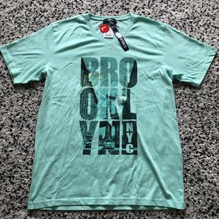 ライトオン(Right-on)のT-GRAPHICS  シティフォトVネックT  サイズL(Tシャツ/カットソー(半袖/袖なし))