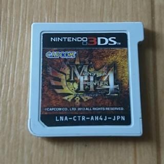 ニンテンドウ(任天堂)の3DSソフト モンハン4(携帯用ゲームソフト)