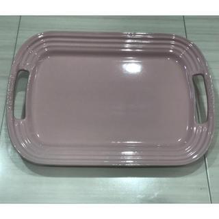 ルクルーゼ(LE CREUSET)の新品未使用☆ル・クルーゼ☆サービングプレート(食器)