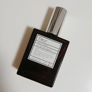 オゥパラディ(AUX PARADIS)のべーかりー様専用 AUX PARADIS フルール オードパルファム 30ml(香水(女性用))