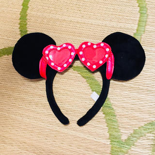 ディズニー(Disney)のミニーサングラス付きカチューシャ(カチューシャ)