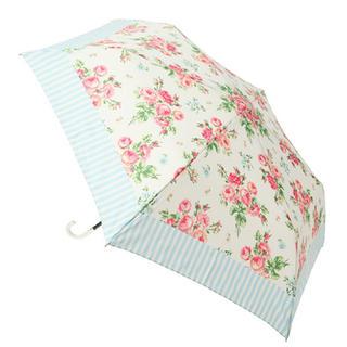ローラアシュレイ(LAURA ASHLEY)の晴雨兼用♡折りたたみ傘(日用品/生活雑貨)