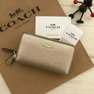 コーチ(COACH)の新品 COACH コインケース 小銭入れ ゴールド(コインケース)