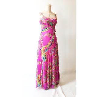 タダシショウジ(TADASHI SHOJI)のマゼンタカラー 柄物ドレス(ロングドレス)
