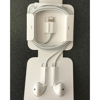アップル(Apple)のiPhone7のイヤホン(ヘッドフォン/イヤフォン)