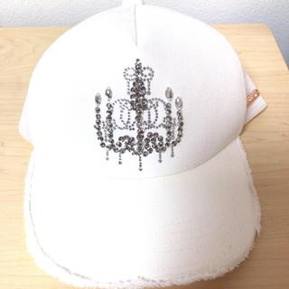 レディー(Rady)のRady✨キャップ ホワイト シャンデリア 帽子(キャップ)