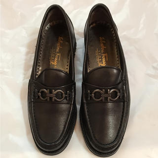 サルヴァトーレフェラガモ(Salvatore Ferragamo)のフェラガモ ローファー  7(ローファー/革靴)