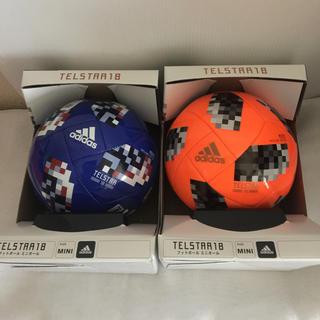 アディダス(adidas)の2018 FIFAワールドカップ 試合球 レプリカミニモデル 2個セット(記念品/関連グッズ)