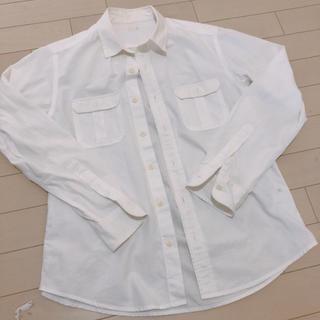 ジーユー(GU)のジーユー!メンズ!白シャツs(シャツ)