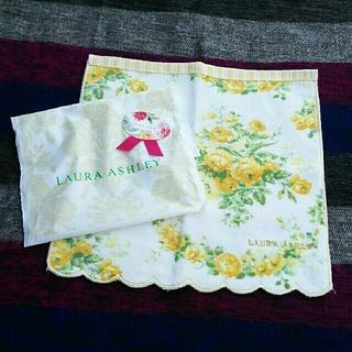 ローラアシュレイ(LAURA ASHLEY)のローラアシュレイ タオルハンカチ 未使用(ハンカチ)