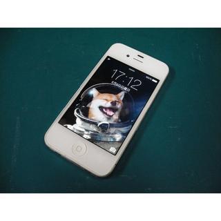 アップル(Apple)のiPhone4 32GB softbank No823 USB充電ケーブル付き(スマートフォン本体)