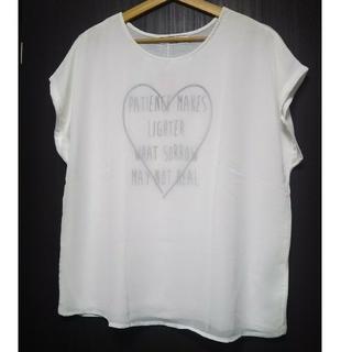 シマムラ(しまむら)のデザインTシャツ  4L  大きいサイズ(Tシャツ(半袖/袖なし))