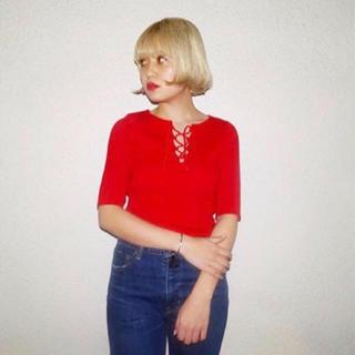 スライ(SLY)のSLY リブ レースアップ 赤(Tシャツ(半袖/袖なし))