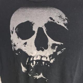 ヒステリックグラマー(HYSTERIC GLAMOUR)の大人気!ヒステリックグラマー  メンズスカルベリーTシャツ(Tシャツ/カットソー(半袖/袖なし))