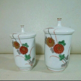 コウランシャ(香蘭社)の香蘭社 夫婦湯呑み 菊の花模様(食器)