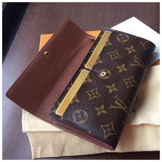 ルイヴィトン(LOUIS VUITTON)の✨美品✨ルイヴィトン 長財布(財布)