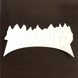 スラッシャー(THRASHER)の【縦4.7cm横8.2cm】THRASHER ステッカー ホワイト(ステッカー)