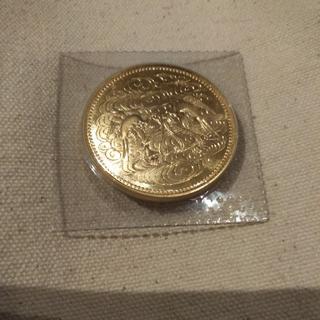 天皇陛下在位60年記念十万円金貨(貨幣)