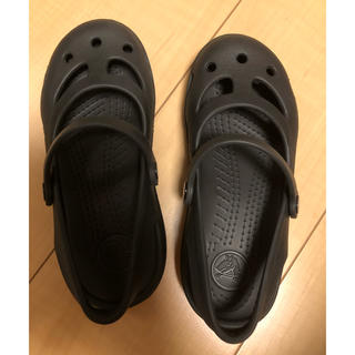 クロックス(crocs)のクロックス キッズシューズ C12(18.5cm) ブラック(サンダル)