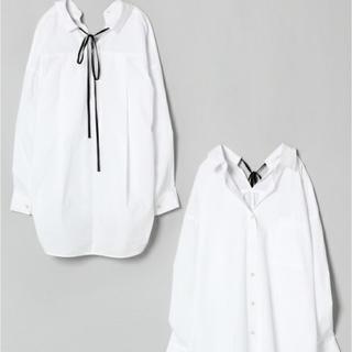 ジーナシス(JEANASIS)のJEANASIS バックリボンシャツ(シャツ/ブラウス(長袖/七分))