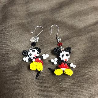 ディズニー(Disney)のハンドメイド ミッキー&ミニーピアス(ピアス)