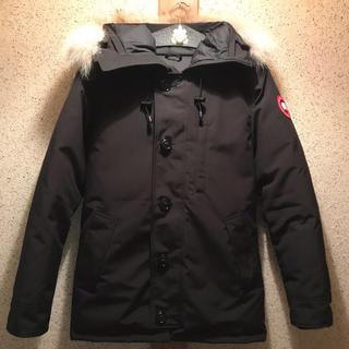 カナダグース(CANADA GOOSE)のカナダグース シャトー パーカー ブラック M ほぼ未使用 クリーニング済み(ダウンジャケット)