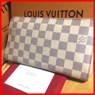 ルイヴィトン(LOUIS VUITTON)の《良品》夏向け爽やかデザインのマルチジッピー‼️正規品、シリアルあり(財布)