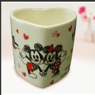 ディズニー(Disney)の【新品】ディズニー ハートマグ マグカップ ミッキー&ミニー(グラス/カップ)