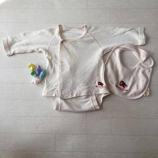 コンビミニ(Combi mini)の✨RibbonCasketリボンキャスケット♡オーガニック苺ラップ肌着&スタイ✨(肌着/下着)