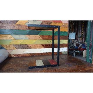 マットでアイアン&ステインウッドなサイドテーブル♪(家具)