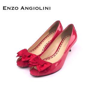 エンゾーアンジョリーニ(Enzo Angiolini)の【美品】ENZO ANGIOLINIリボン付きエナメル・パンプス(ハイヒール/パンプス)