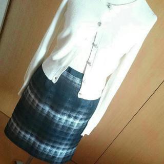 アマカ(AMACA)の unaca グラデーション ミモレ丈スカート アナカ(ひざ丈スカート)
