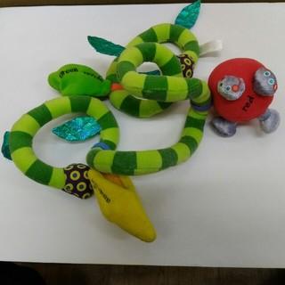 サッシー(Sassy)のsassy  フルーツ&ベジーラップ(知育玩具)