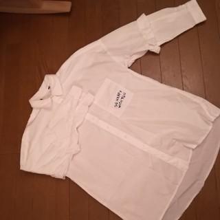 ZARA - ★今日だけ1400円★ZARA★白シャツ★袖フリル★