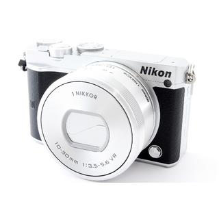 ニコン(Nikon)の★Wi-Fi&4K動画★ ニコン最新機種 J5 レンズキット(ミラーレス一眼)